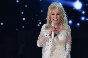 Dolly Parton vaccinated a second time with 'her' vaccine
