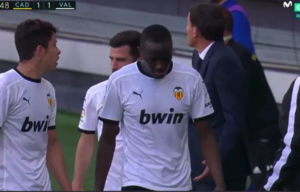 Valencia players leave the field after a racist statement towards Diakhaby, game resumes after 15 minutes