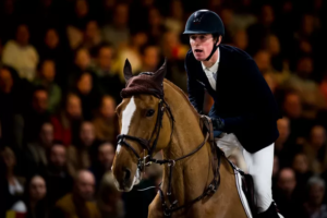 """Jos Verlooy proves that riders are top athletes: """"Top riders are slim and trained"""""""